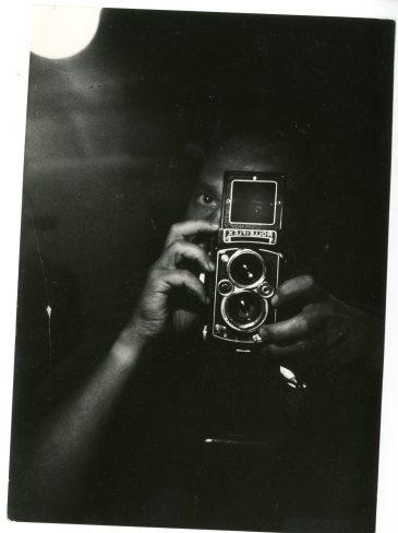 Chris Marker, Autoportrait au Rolleiflex, circa 1960
